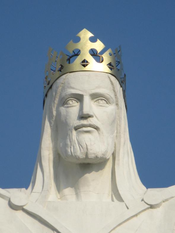 christ_the_king_statue_1